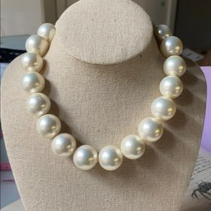 Vintage Costume Chunky Pearl Choker Necklace